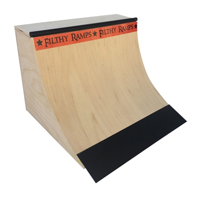quarter pipe fingerboard ramp