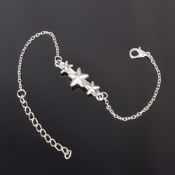 Silver bracelet with stars charm