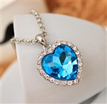 Blue rhinestone pendant necklace