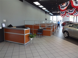 Beyer Volvo Showroom