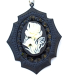 WHITE BLACK ROSE CAMEO