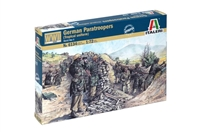 556134 1/72 WWII German Paratroopers (Tropical Uniform)