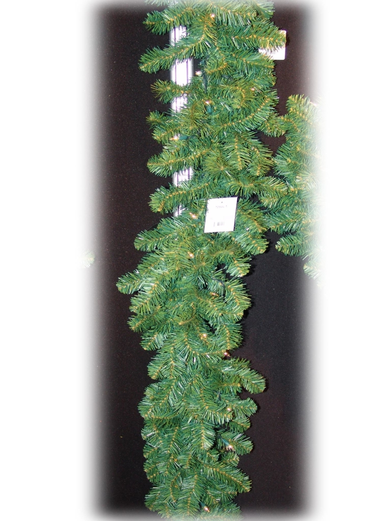 "9'X12""LT NORTHERN GARLAND (50LT/240TIPS) - GREEN"
