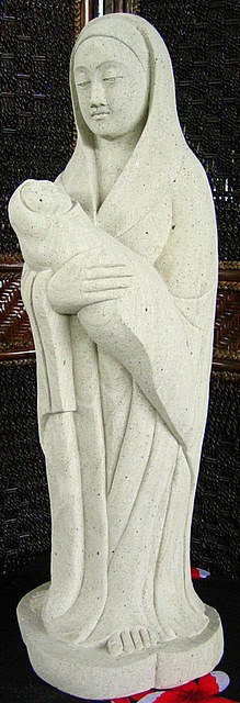Charming 3ft Limestone Mary And Baby Jesus Statue