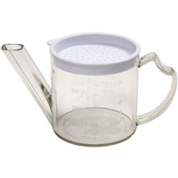 Gravy Separator, Plastic 1.75 Cup Measure With Strainer, 3023 by Norpro.