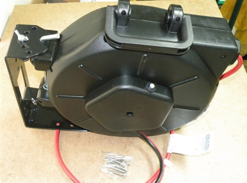 3 Outlet Retractable Power Electrical Reel With Indoor