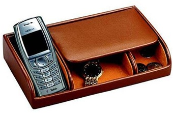 Small Dresser Valet Tray in Brown or Black Leather