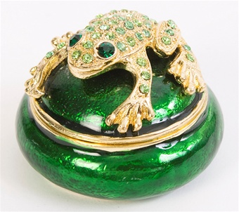 Lucky Frog Trinket Box. 24k gold