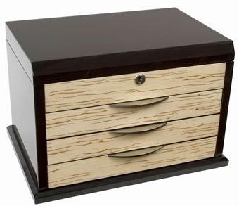 Large Locking Jewelry Box