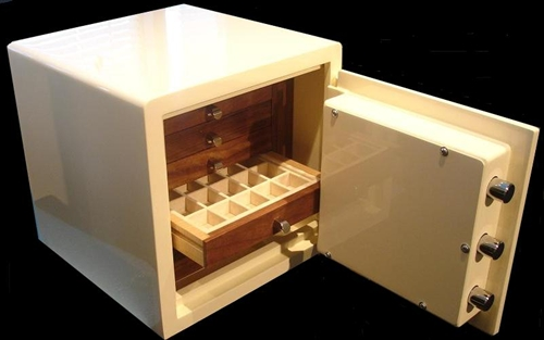 Luxury Jewelry Safe Home Jewelry Safe with Luxurious Storage Trays