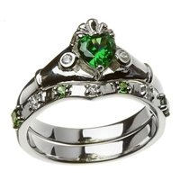 14k White Gold Green & White CZ Claddagh Ring Wedding Ring Set