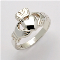14k White Gold Standard Small Claddagh Ring 10.5mm