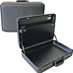 06373 DELUXE SOFT MOLDED ATTACHE CASE