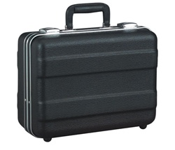 141106PR HEAVY-DUTY POLYETHYLENE CASE WITH PARALLEL RIB PATTERN WITHOUT FOAM