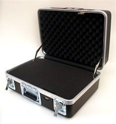 201409A HEAVY-DUTY ATA CASE WITH RECESSED HARDWARE