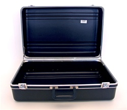 241609PR HEAVY-DUTY POLYETHYLENE CASE WITH PARALLEL RIB PATTERN WITHOUT FOAM