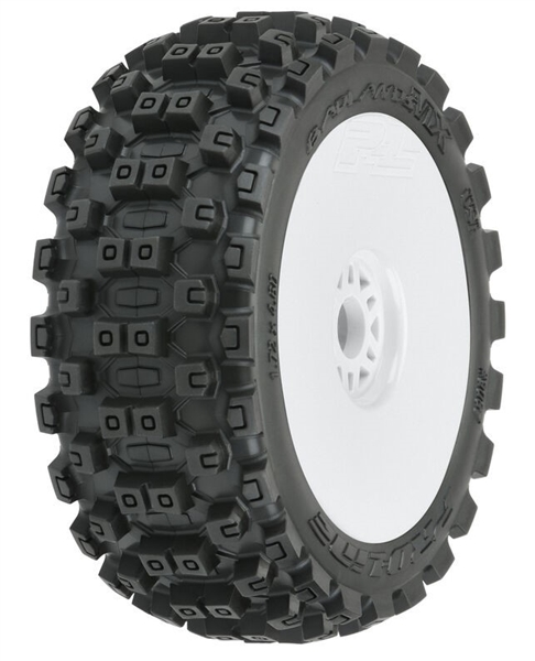 Badlands MX M2 Mounted White Wheels, F/R (2): 1/8 Buggy