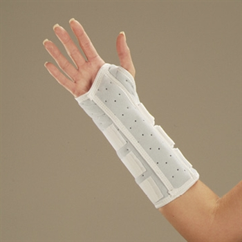DeRoyal Universal Foam Wrist and Wrist Forearm Splint