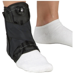 DeRoyal Sports Orthosis Powered by The Boa Closure System with Stays