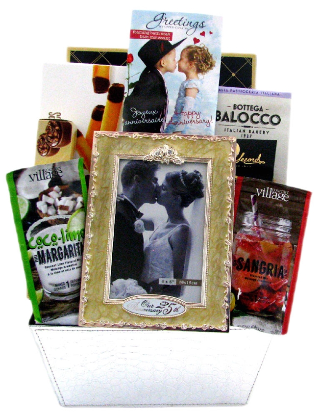 Wedding Night Basket Ideas: Bride And Groom's Special Day
