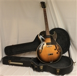 Gibson ES-135 Semi-Hollow Body Electric Guitar- Tobacco Burst (1992)
