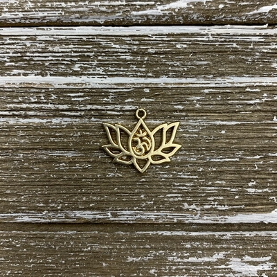 18k Gold Plated Ohm Charm